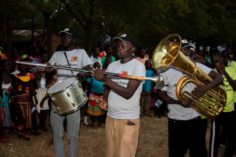 RLP staff surprises community members with music talents_onendavid.com